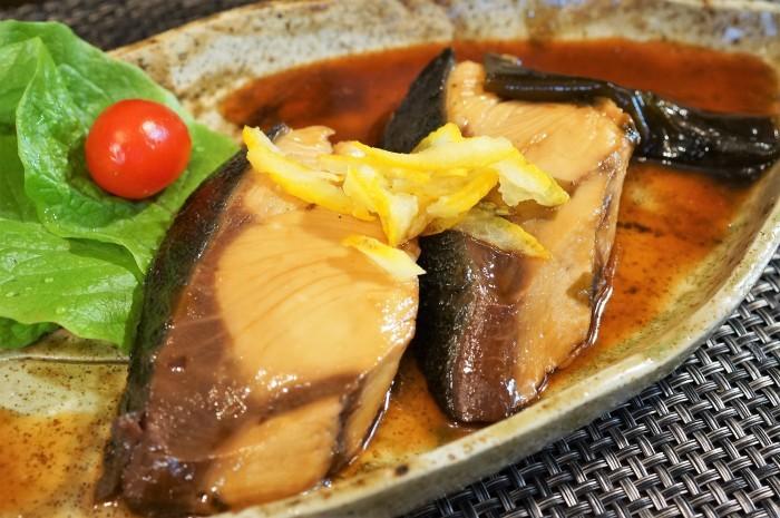 ■晩ご飯の煮魚【美味しいブリの煮付け方レシピ】_b0033423_21131042.jpg
