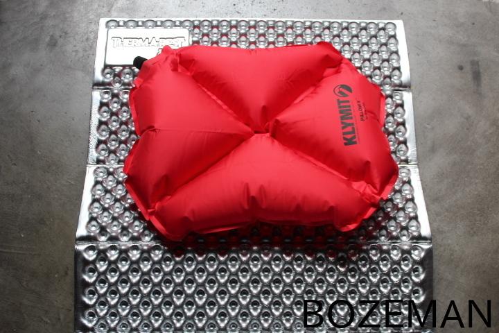 KLYMIT Pillow X_f0159943_23155532.jpg