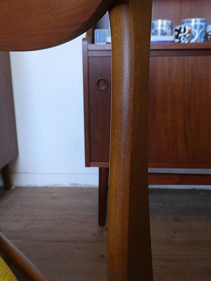Dining chair_c0139773_16373262.jpg