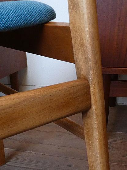 Dining chair_c0139773_17374050.jpg