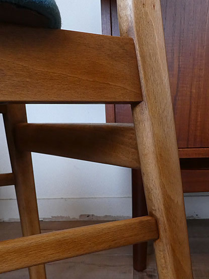 Dining chair_c0139773_17380146.jpg