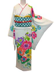 洋花柄の着物で着こなしキュート☆入学式のお母様_b0098077_17153912.jpg