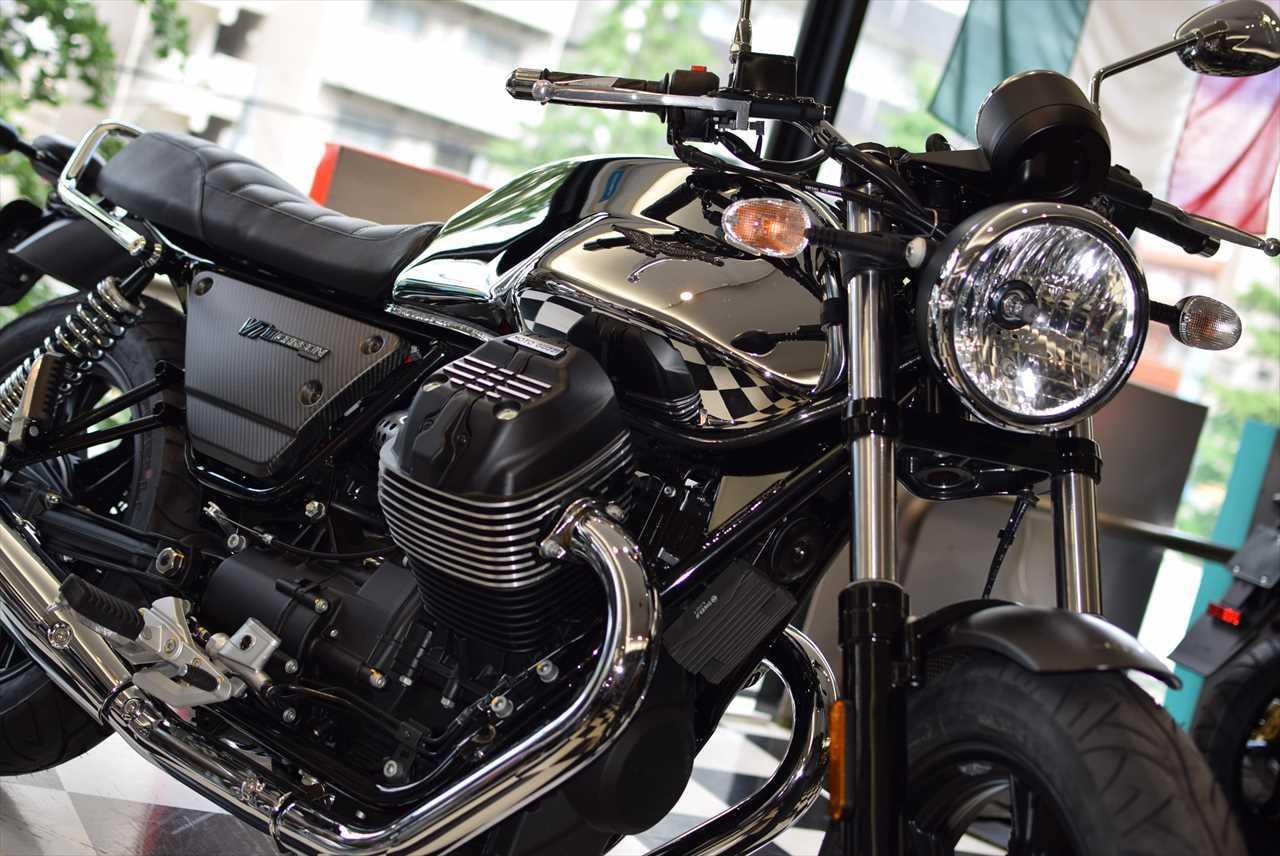 MOTO GUZZI V7Ⅲ カーボンシャイン_d0099181_14314198.jpg