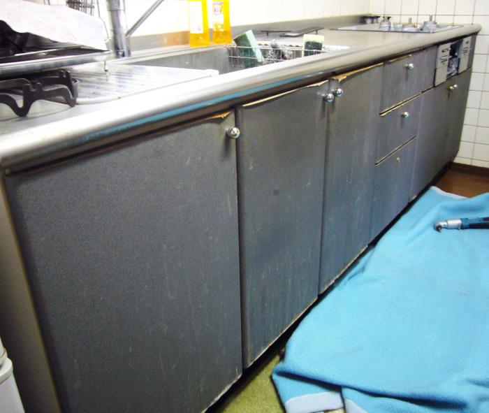 キッチン扉の交換_c0278510_16295139.jpg