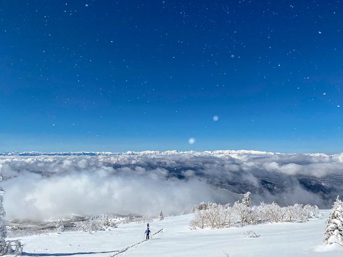 雲に浮かぶ北アルプス 根子岳_b0244811_09464577.jpg