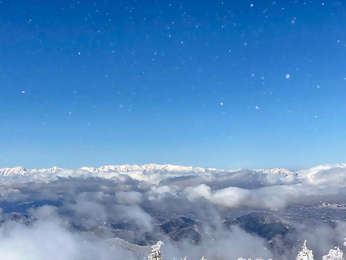 雲に浮かぶ北アルプス 根子岳_b0244811_09500774.jpg