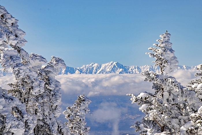 雲に浮かぶ北アルプス 根子岳_b0244811_09545278.jpg