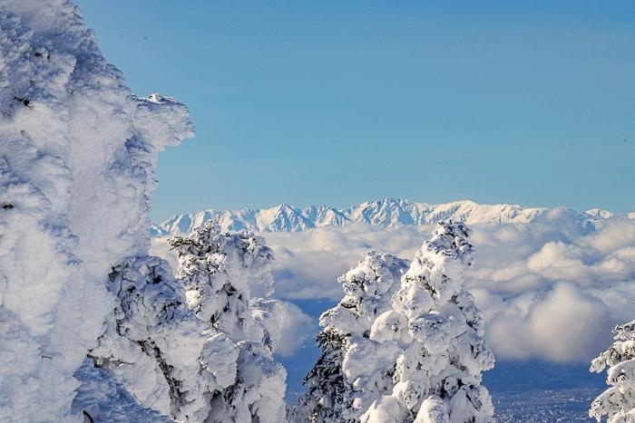 雲に浮かぶ北アルプス 根子岳_b0244811_10155366.jpg