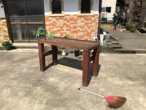 植物棚の塗り直し_e0212855_13231570.jpg