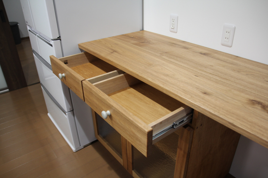 広いキッチンカウンター_d0075863_15334059.jpg
