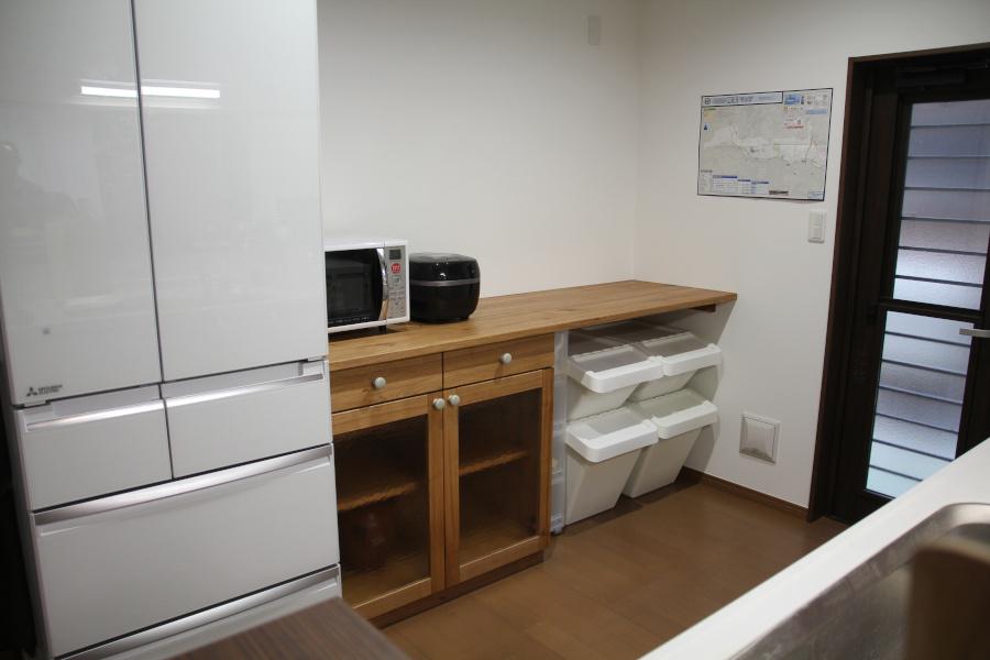 広いキッチンカウンター_d0075863_15334354.jpg