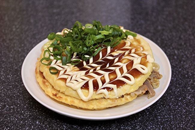 ふわふわ豆腐のお好み焼きとそばめし_a0223786_16083883.jpg