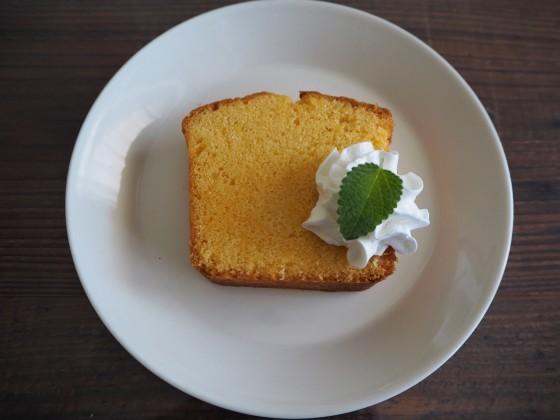 レモンのパウンドケーキ_a0258686_03200530.jpg