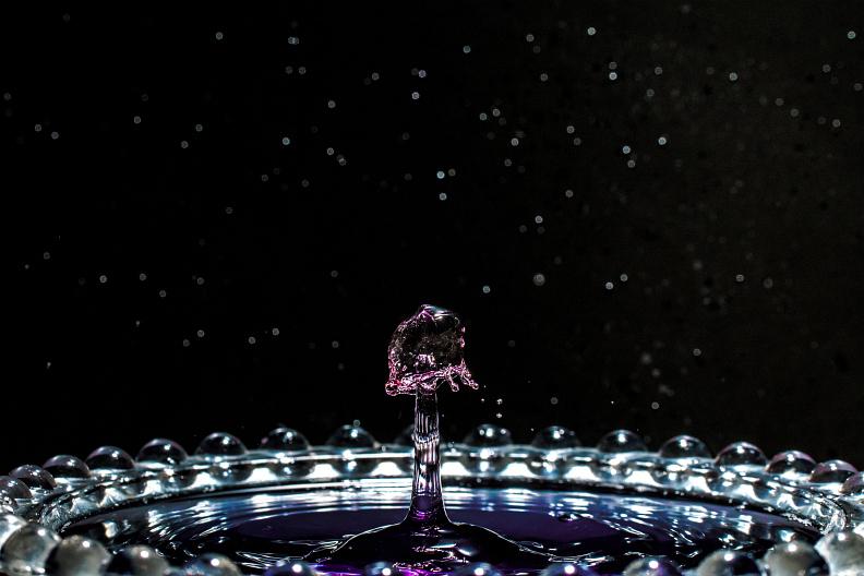 【備忘録】水滴アートに挑戦中 その25 ~宇宙空間で水のキノコを栽培する~ あと雑記_f0189086_19320263.jpg
