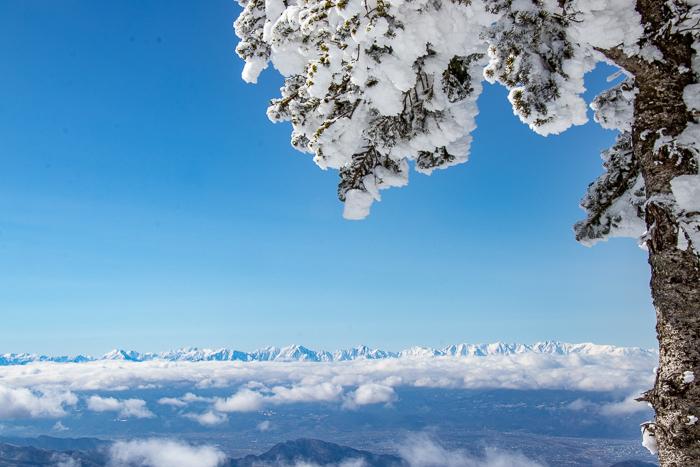 雲に浮かぶ北アルプス 根子岳_b0244811_21165079.jpg