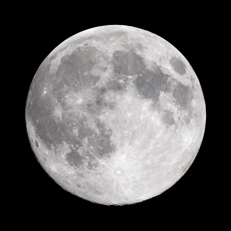 今年最大の満月_a0177616_03042378.jpg