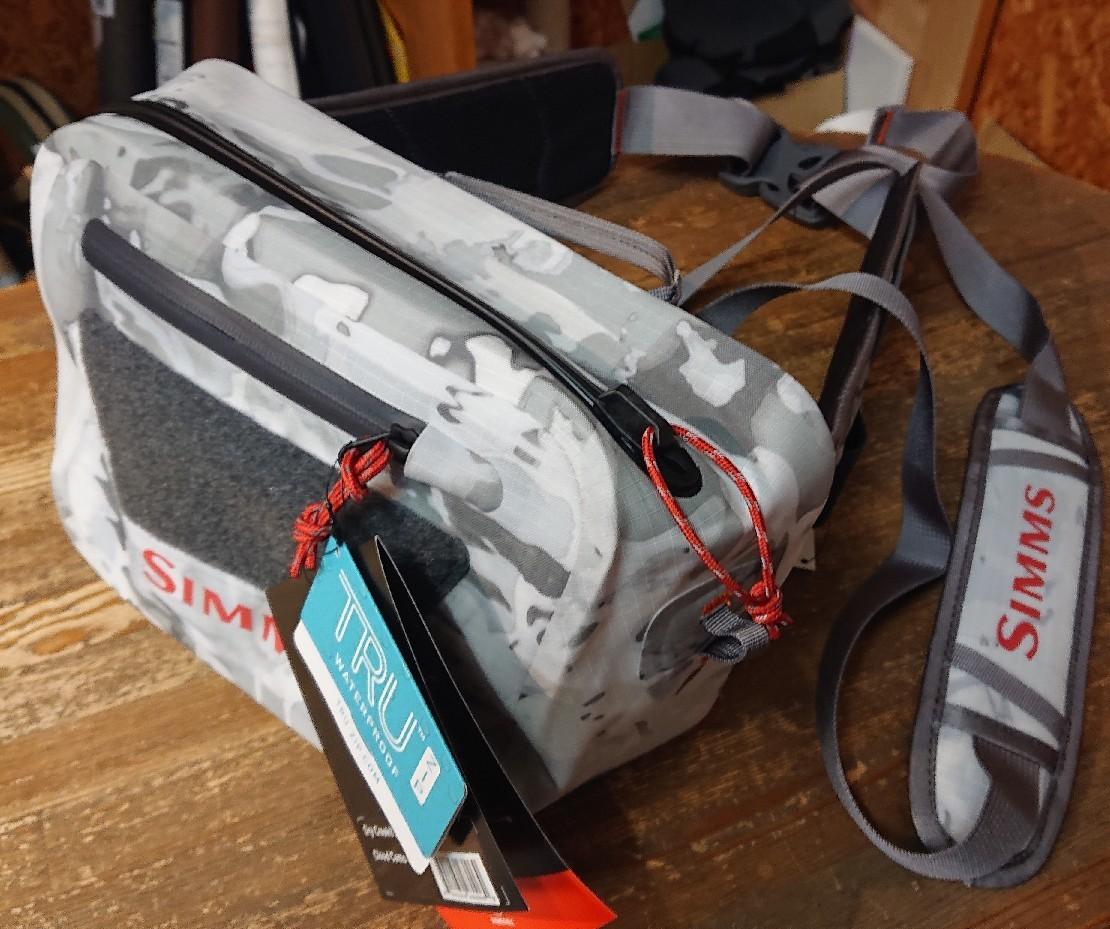SIMMS(シムス)新製品の防水バッグが入荷しました(^o^)v_e0272349_12370878.jpg