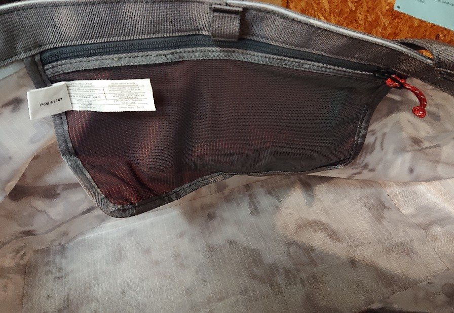 SIMMS(シムス)新製品の防水バッグが入荷しました(^o^)v_e0272349_12440267.jpg