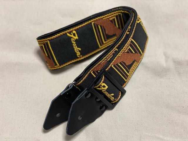 "Fender""Limited Edition  Vintage Modified Monogram Strap""_e0052576_23235998.jpg"