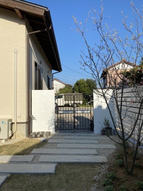 ガーデン完成!_b0239082_15155984.jpg