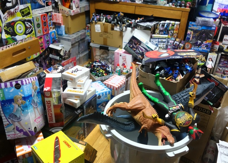 【ただの雑記】大量の玩具の空き箱を潰そう_f0205396_14082314.jpg