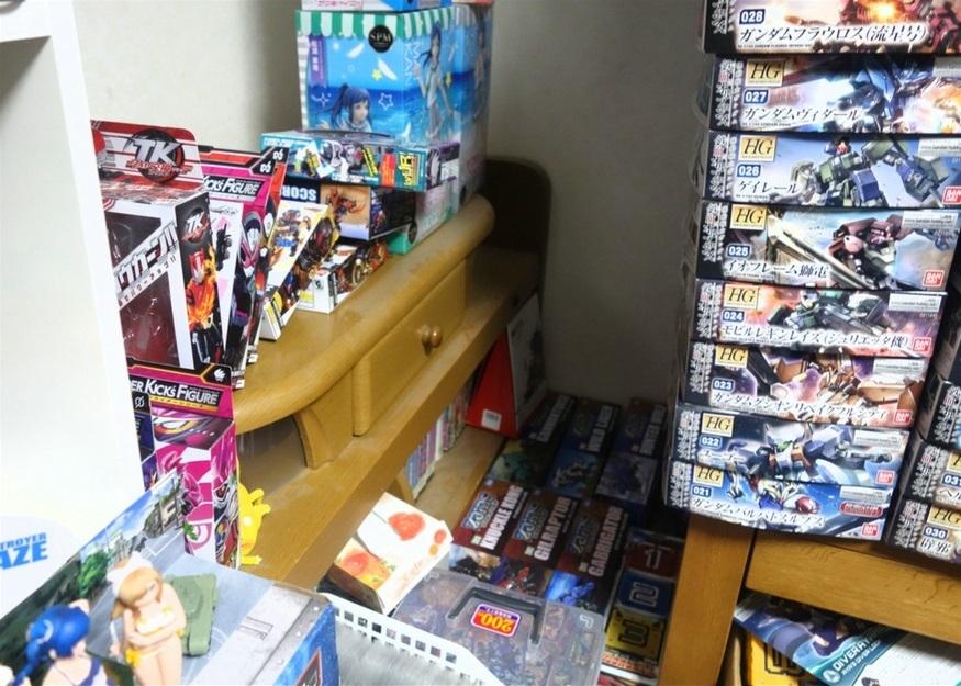 【ただの雑記】大量の玩具の空き箱を潰そう_f0205396_14110229.jpg