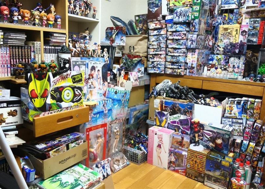 【ただの雑記】大量の玩具の空き箱を潰そう_f0205396_14291649.jpg