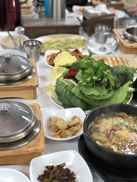 2月の韓国・・・記憶旅⑪ パワースポットで昼食_b0060363_11193798.jpeg