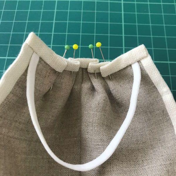 手縫いが好きな方へのリネンマスクの作り方 道探しの愉しいクロスステッチ付き♡_e0116763_10271923.jpg