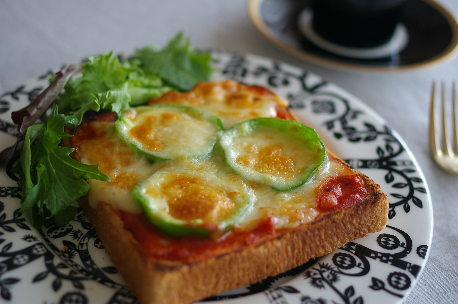 基本の冷凍ピザパン【レシピ】_d0327373_17403044.jpg