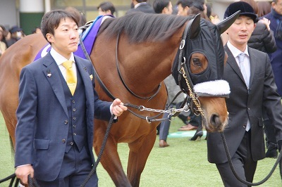 アーモンドアイ(19'有馬記念9)_b0015386_21052618.jpg