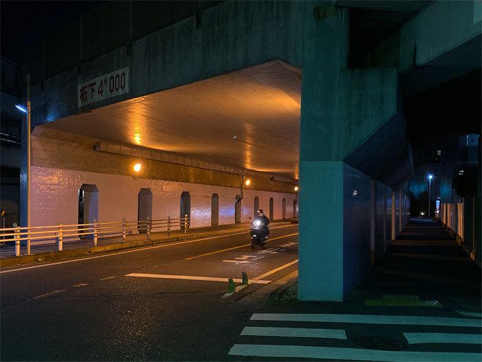 夜散歩_f0067724_21323059.jpg