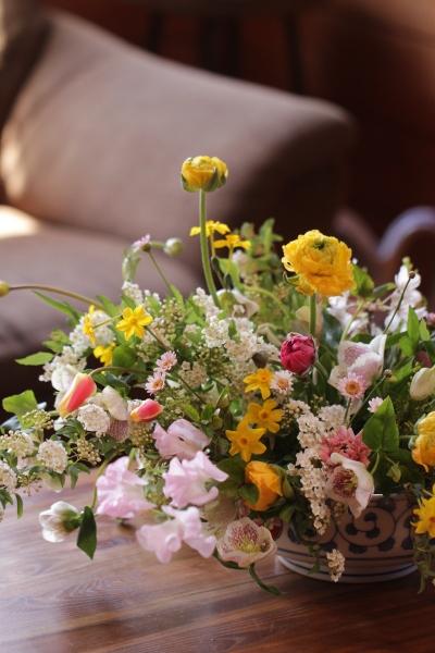 春のセンターピース_a0393536_16094644.jpeg