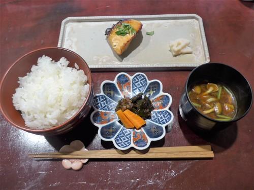 京都・河原町「りょうりや御旅屋」へ行く。_f0232060_18593846.jpg