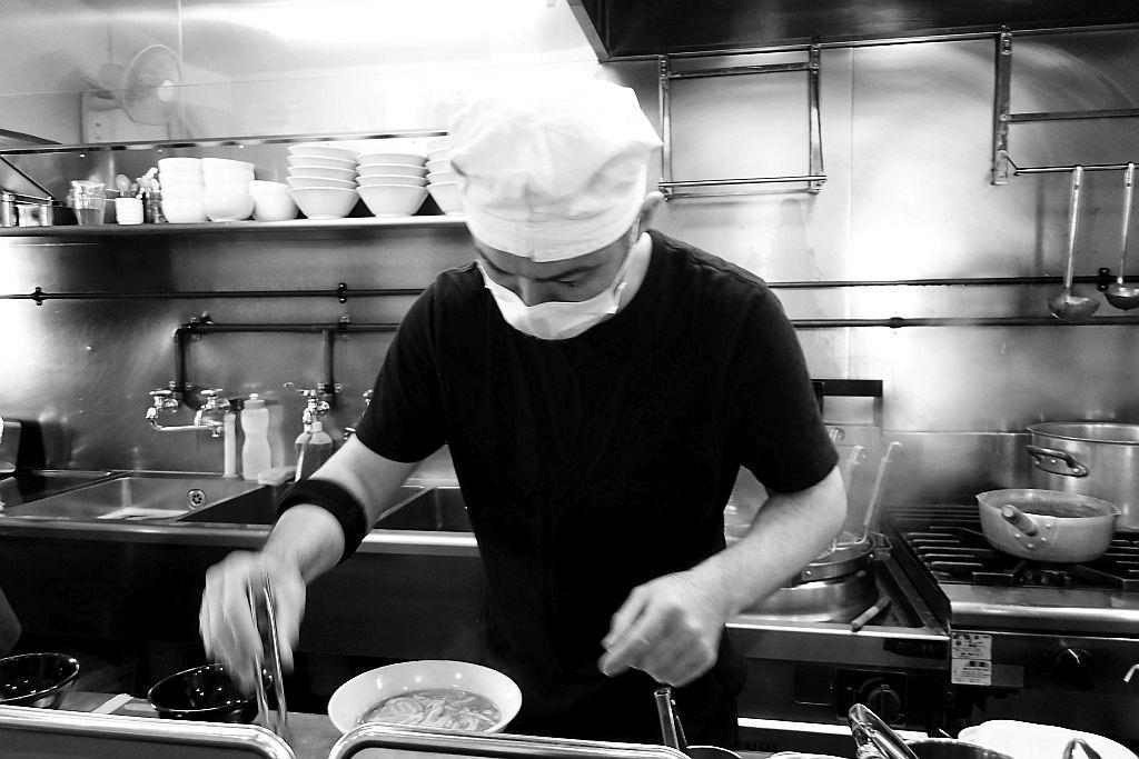 高林「浜田山」で味玉魚豚+替え玉_e0220163_16005795.jpg