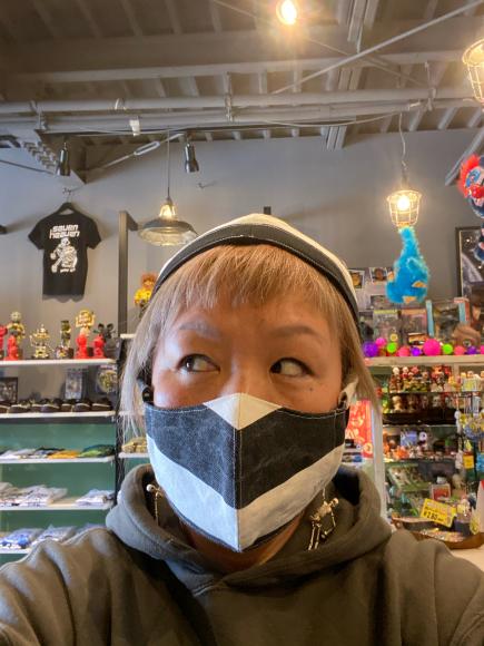 4月10日(金曜日)シマシママスクと 半袖シャツ_f0287094_21272643.jpg