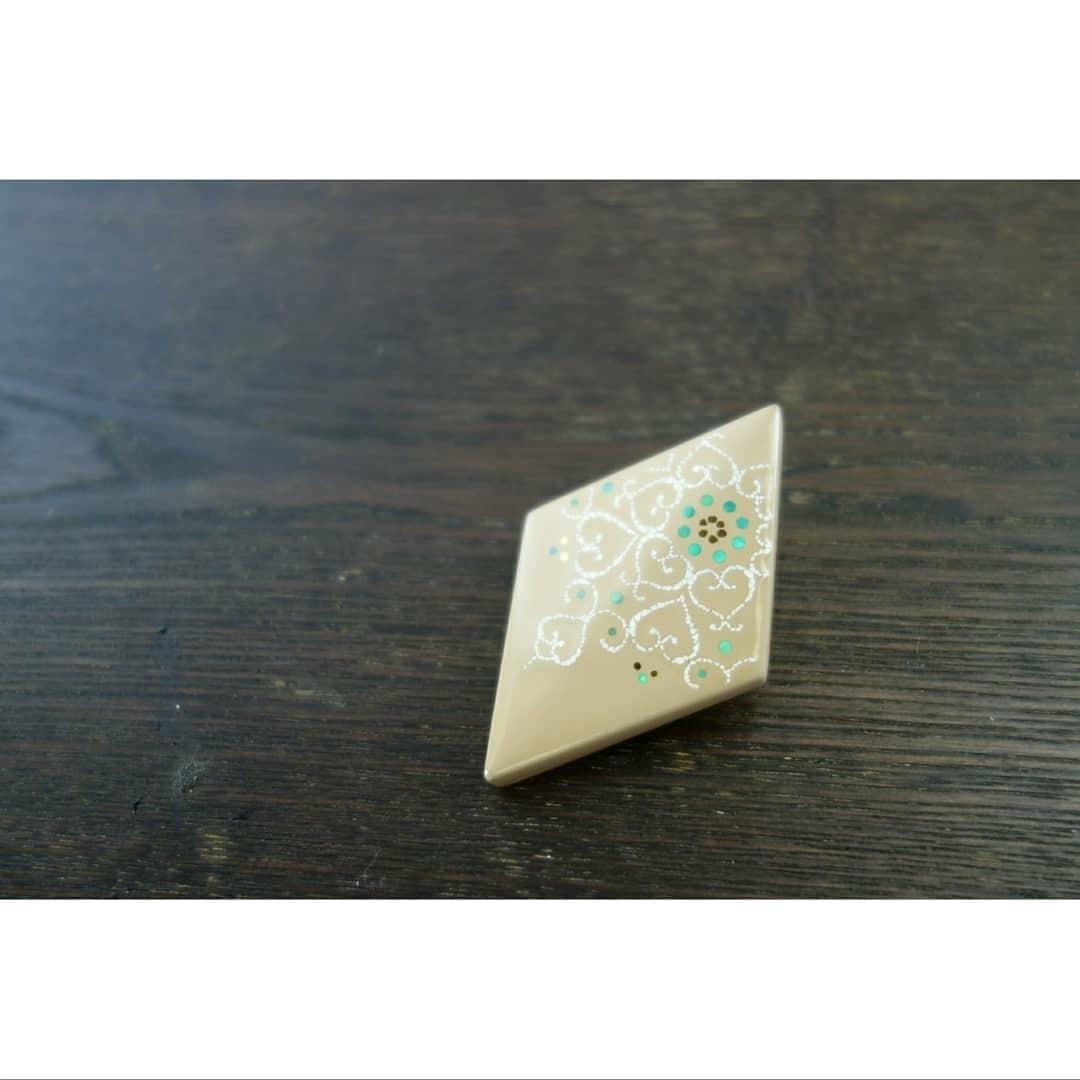 ジェリーボックス「漆と桐の宝箱hanahako」 2020.04.11_c0213599_20305869.jpg