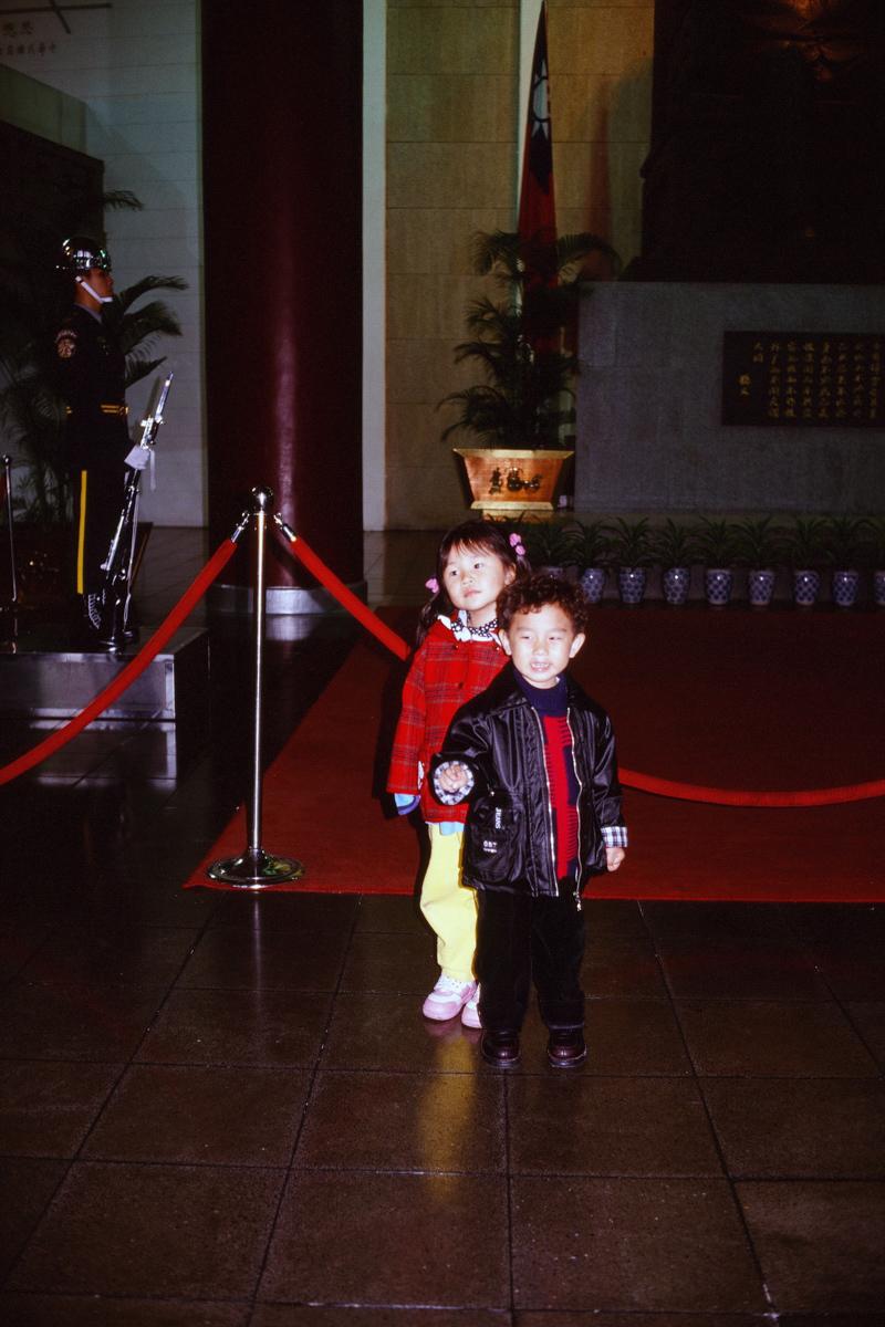 【台湾散歩2001前編】台北  仲間と歩く初台湾_b0061717_14503191.jpg