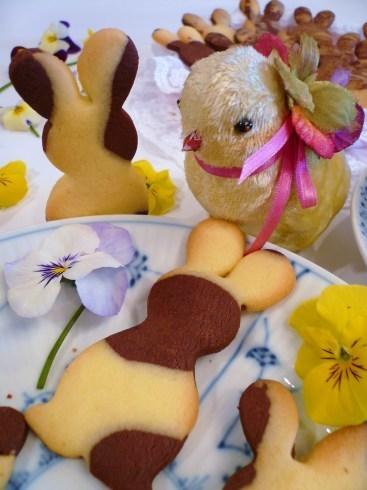 緊急事態宣言四日目。。。。聖土曜日 Holy Saturday 。。。Have a good Easter Week。*。:☆.。†_a0053662_17441752.jpg