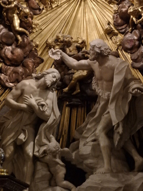 緊急事態宣言四日目。。。。聖土曜日 Holy Saturday 。。。Have a good Easter Week。*。:☆.。†_a0053662_17494992.jpg