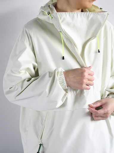 R&D.M.Co- FIELD PULL OVER HOODIE / Off White_b0139281_12312065.jpg