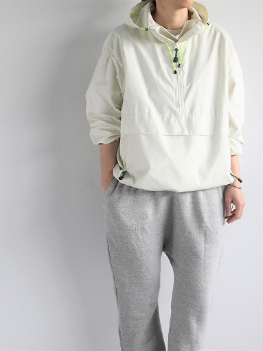R&D.M.Co- FIELD PULL OVER HOODIE / Off White_b0139281_12431959.jpg