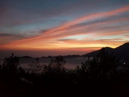 いつか又、行ける日の為に!インドネシア バリ島 バトゥール山_b0122805_17251215.jpg