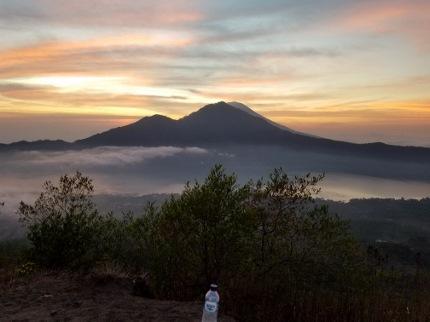 いつか又、行ける日の為に!インドネシア バリ島 バトゥール山_b0122805_1725596.jpg