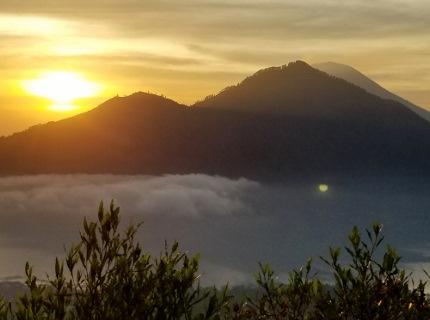 いつか又、行ける日の為に!インドネシア バリ島 バトゥール山_b0122805_17261360.jpg