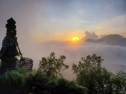 いつか又、行ける日の為に!インドネシア バリ島 バトゥール山_b0122805_1729619.jpg