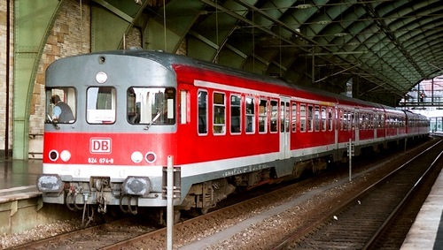 ドイツ鉄道 624形気動車_e0030537_15075649.jpg