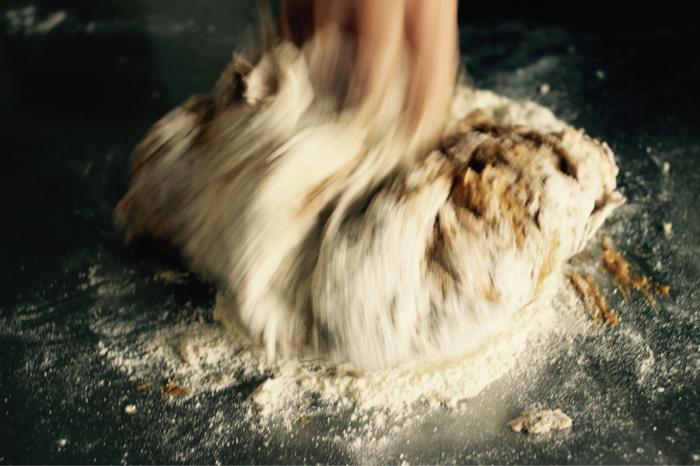 パン生地の変化を感じる、パンは生きてます。_c0162653_14551075.jpg