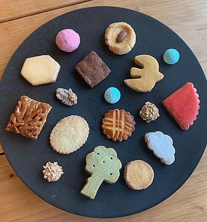 海と里山のクッキー缶@donnerさん_f0038600_21385828.jpeg