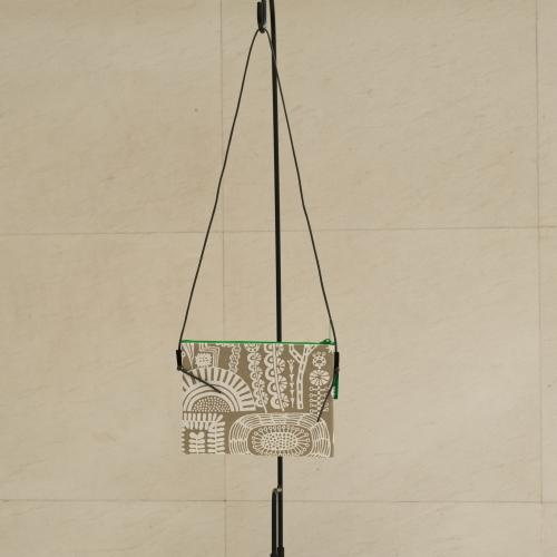 炭酸デザイン室 オンライン展示会 サコッシュ_d0182409_16470160.jpg